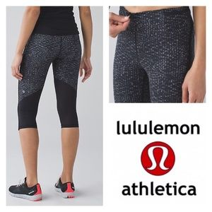 Lululemon Black Real Quick Crop w/ Mesh